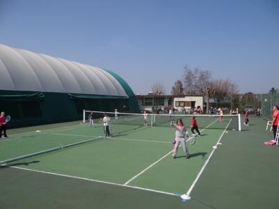 Les quipements sportifs mairie d 39 argences argences for Terrain de tennis taille
